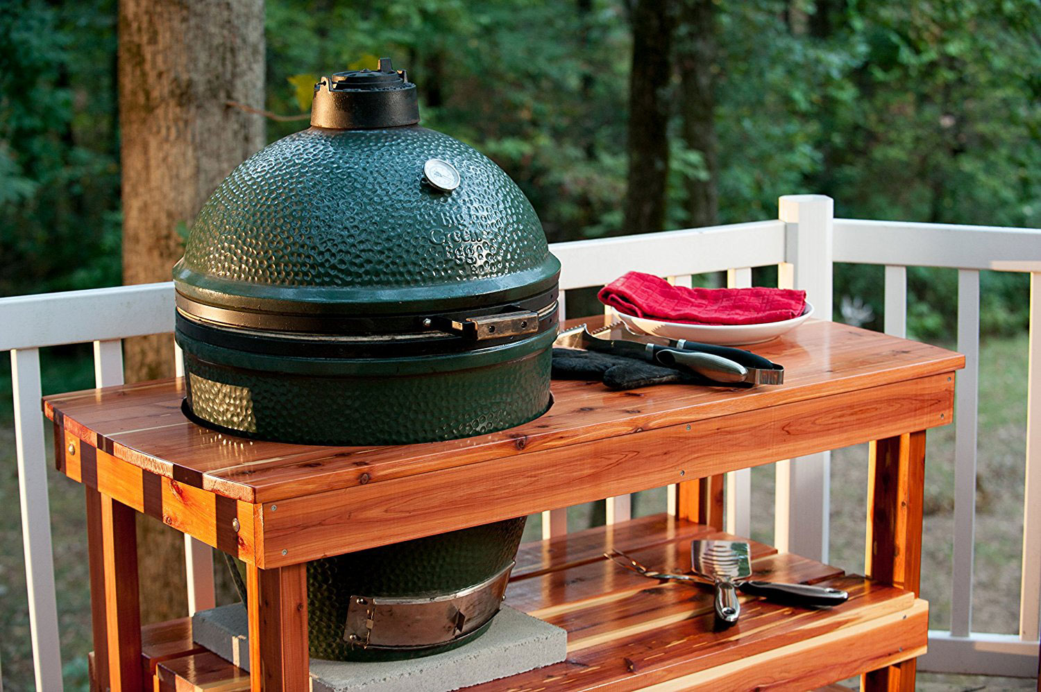 Top BBQ Grills, Ovens & Smokers